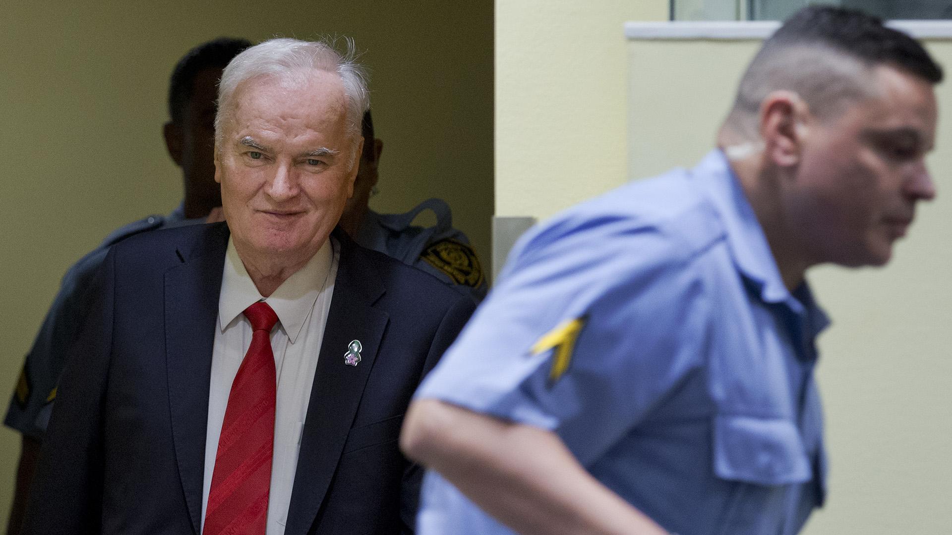 Mladic rattegang kortas ned
