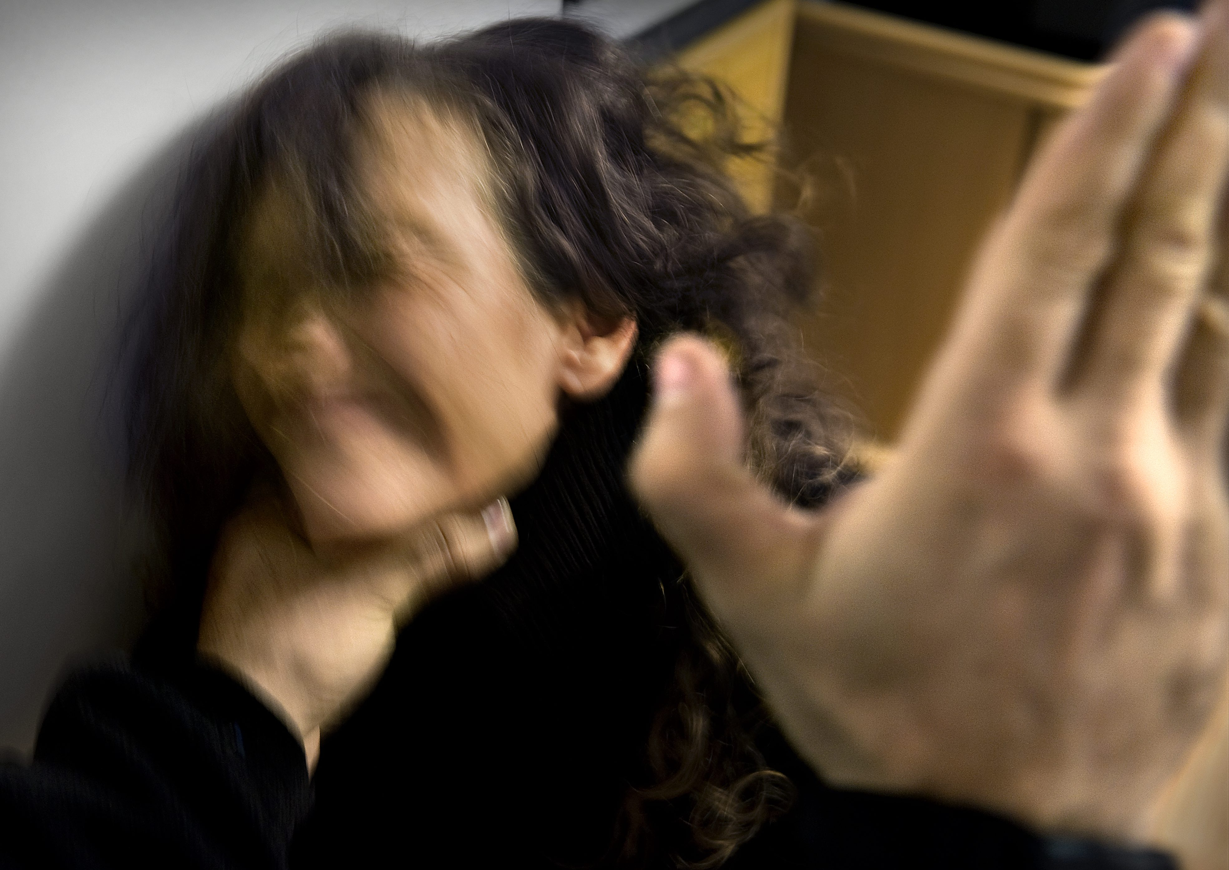 Om mamma misshandlas ar barnet ett brottsoffer