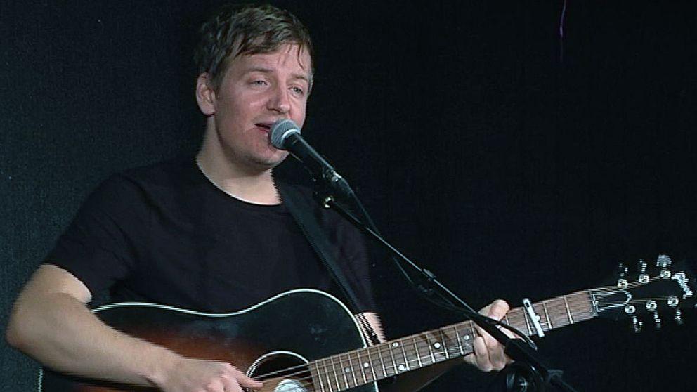 John Dunsö hoppade av det hypade bandet Billie the Vision and the Dancers för att följa sina drömmar.
