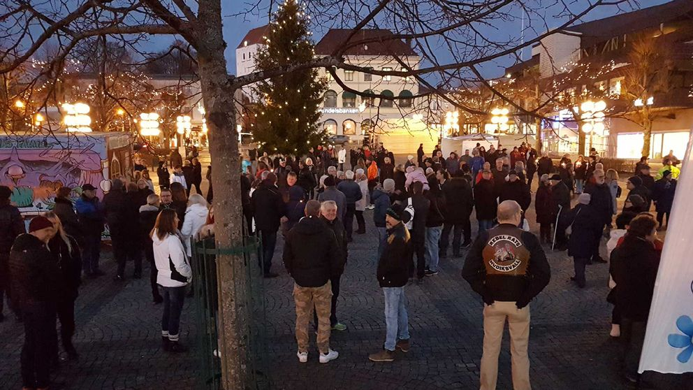 Manifestationen hålls på torget i Ronneby.