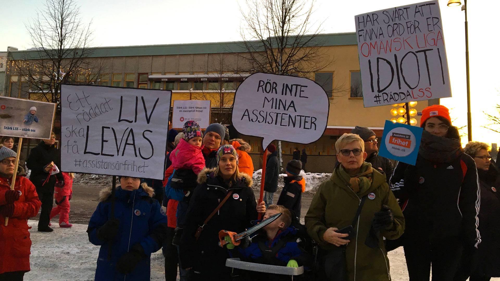 Nya protester mot svt s planerade nedskarningar
