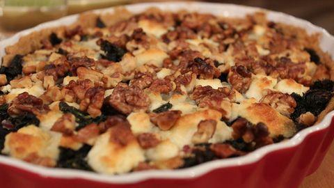 grönkålspaj med valnötter och chevre