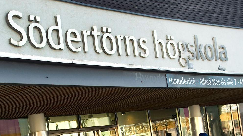 Södertörns högskola utreder sina rutiner för studenternas praktik.