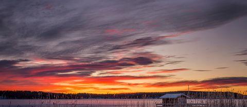Fantastiskt vacker soluppgång på luciamorgonen i Bergsjö Hälsingland