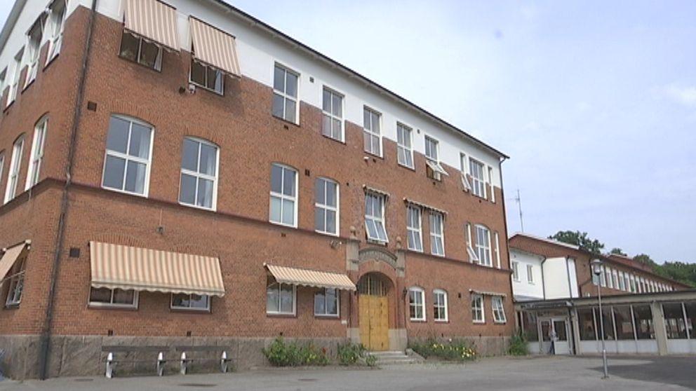 Snäckebacksskolan