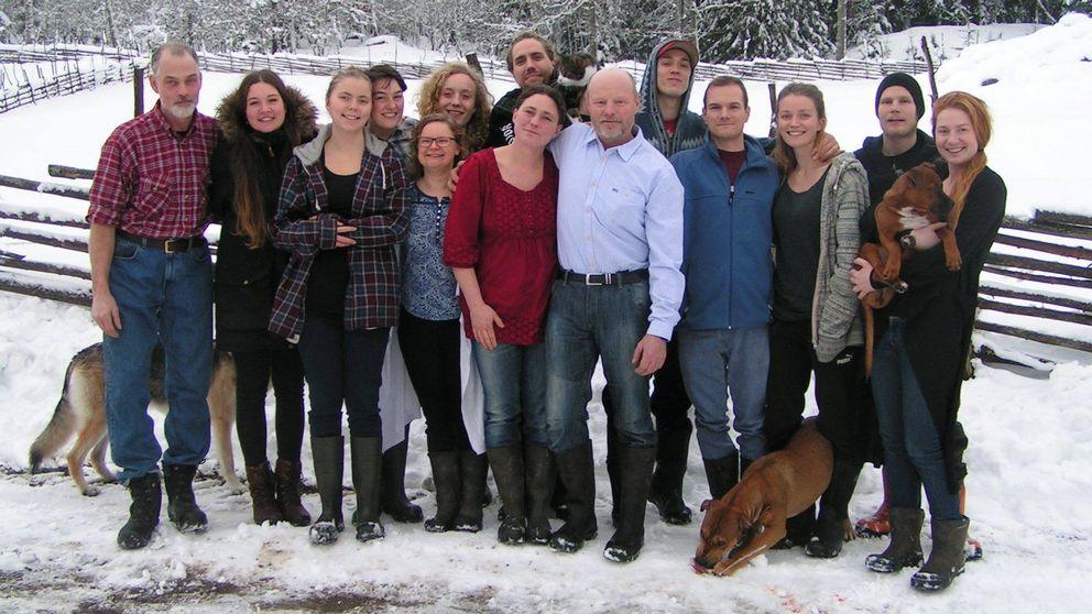 gruppbild av klassen i snö