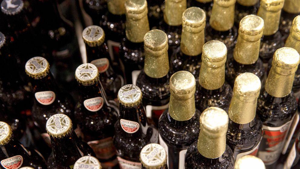 Släp med sprit, vin och öl stulen i Nyköping.