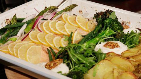 lax i ugn med grönsaker