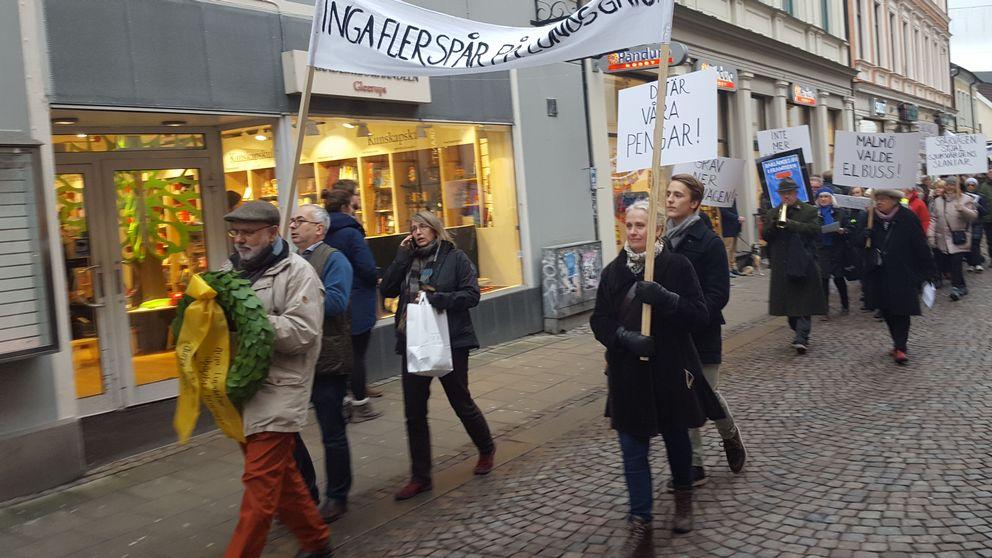 Demonstration mot spårvagnarna i Lund