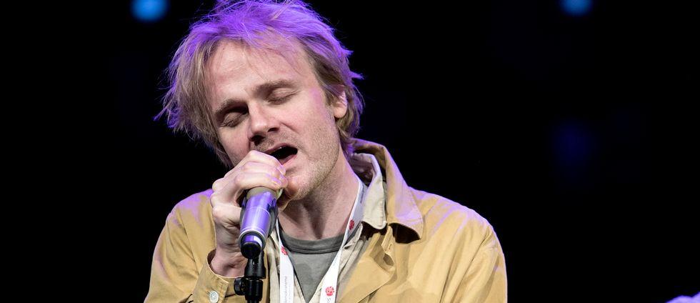 Göteborgaren Martin Elisson, sångare i duon Hästpojken, gör comeback med nytt album.