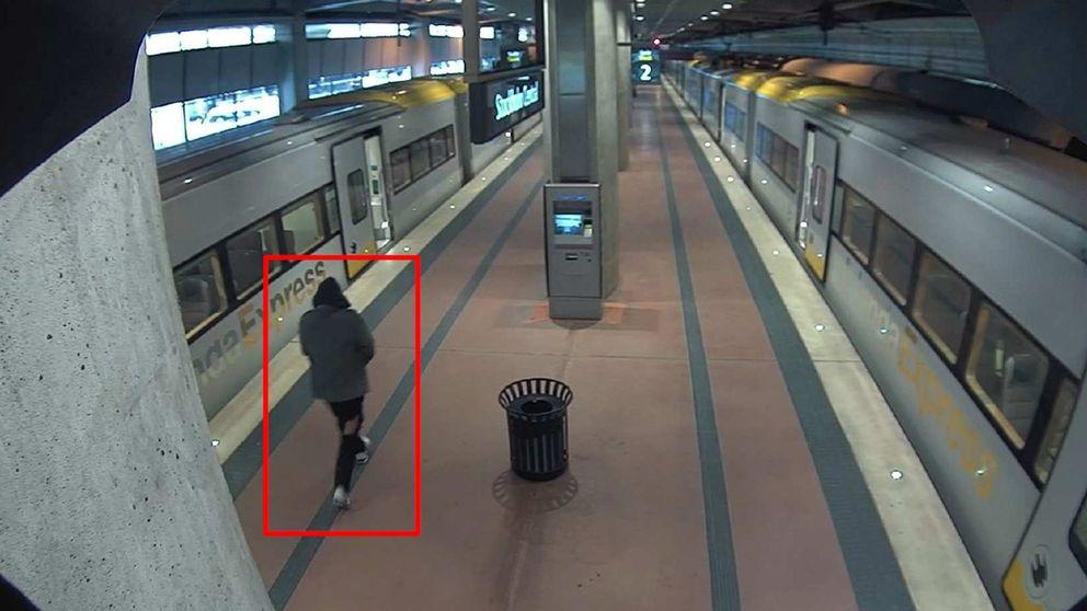 Bild från övervakningskamera föreställande Akilov på perrongen till Arlanda Express efter dådet.