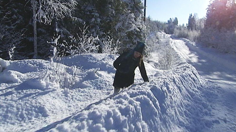 Vår reporter testkliver de höga snövallarna