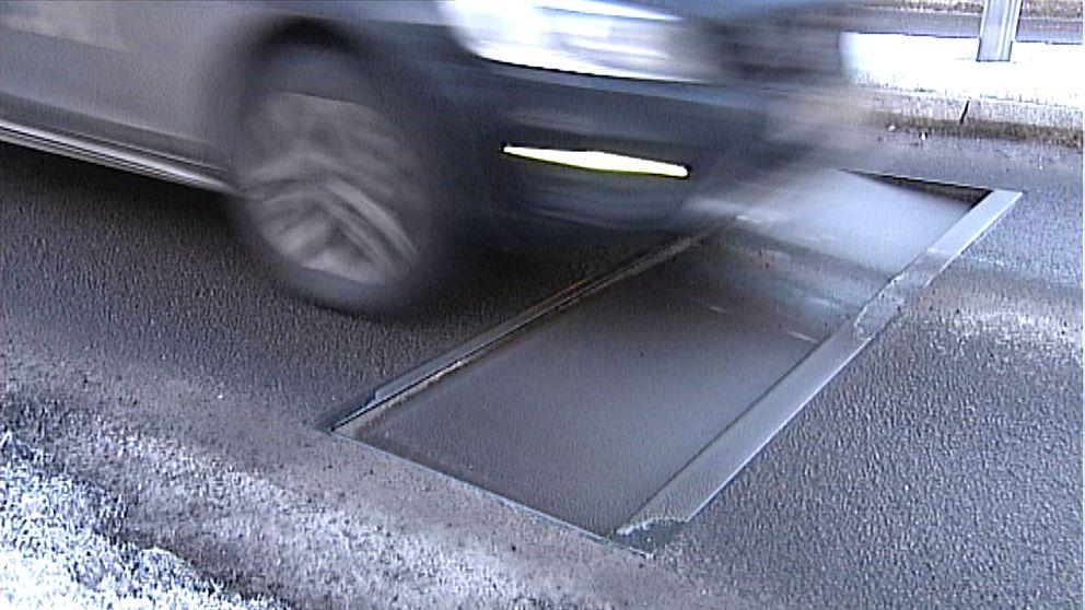dynamiskt farthinder på gata i Linköping