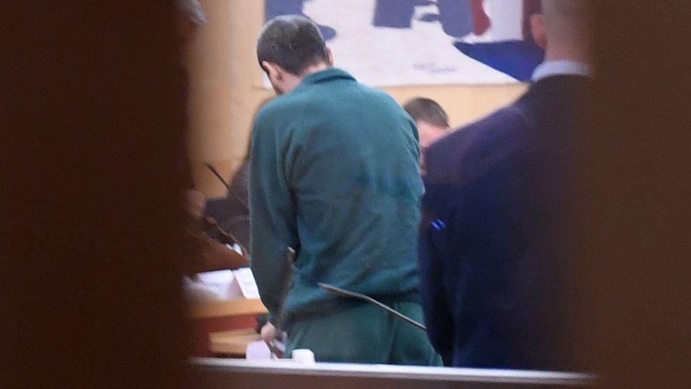 I dag förhörs åtalade Rakhmat Akilov, Stockholms tingsrätt.