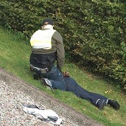 Polis griper en misstänkt efter det uppmärksammade juvelerarerånet.