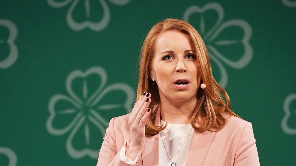 Centerns partiledare Annie Lööf menar att flyget måste bli miljövänligare.