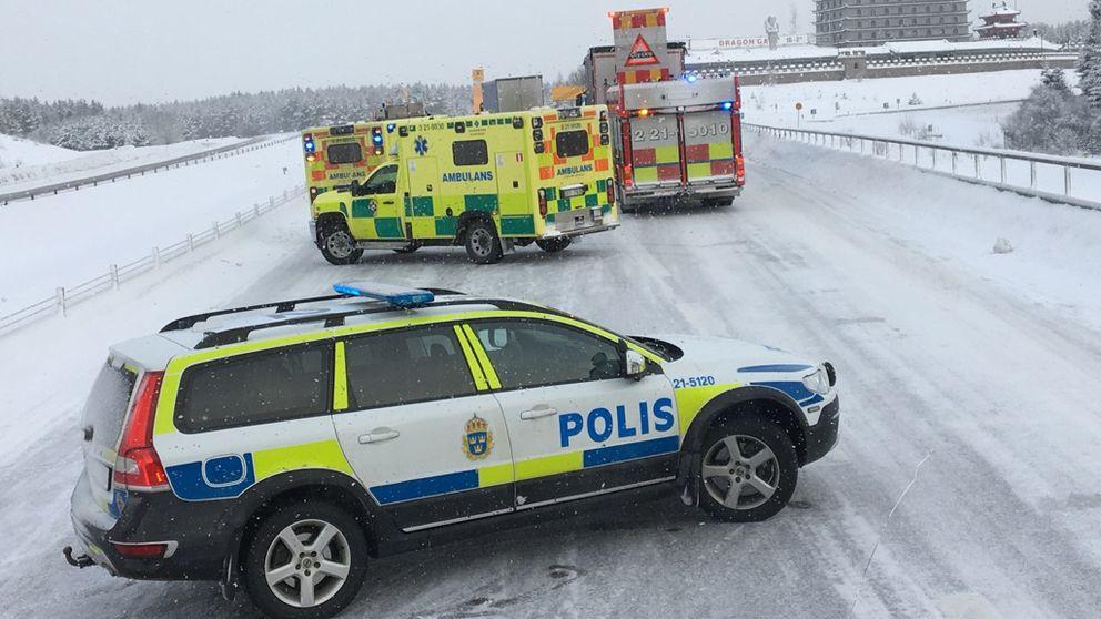 På kort tid inträffade två trafikolyckor på E4 norrgående vid Dragon gate söder om Gävle.