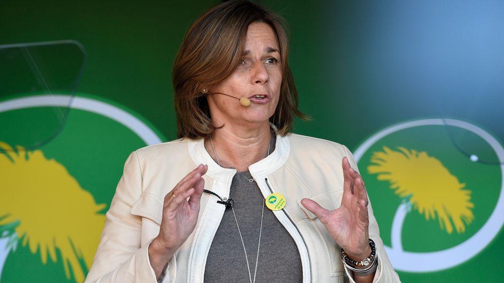MP:s språkrör Isabella Lövin håller sommartal i Avesta 2016.