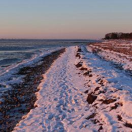 Lite snö på stranden vid Stora Frö på Öland 18 mars.