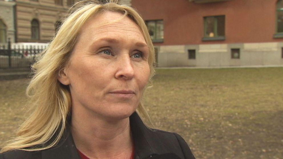 Hör experten Frida Östberg berättar om damallsvenskan.