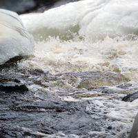 I Klarälven har tillrinningen till Höljesmagasinet ökat och nivån stiger