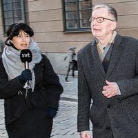 Svenska Adademiens ledam?ter, med bland andra Kristina Lugn och Anders Olsson, m?ttes som vanligt under torsdagen – men inte likt f?reg?ende vecka i B?rshuset, utan p? hemlig plats.