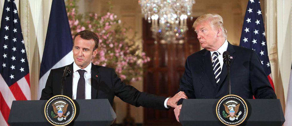 Emmanuel Macron och Donald Trump håller en gemensam presskonferens i Vita huset.