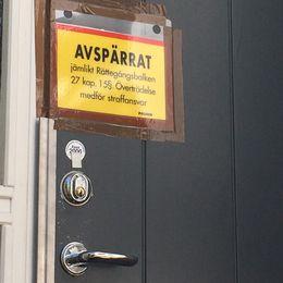 Avspärrning vid lägenhet där försvunnen kvinna har bott