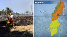 Bild från skogsbrand och en karta över riskområden.
