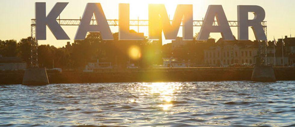 Bild på Kalmar i solnedgång