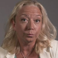 SVT:s politikreporter Elisabeth Marmorstein om de frågor som är problematiska för Miljöpartiet