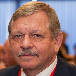 Presidenten för det ryska dövförbundet, Valery Rukhledev
