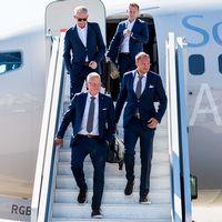 Svenska landslaget har landat i Ryssland för fotbolls-VM.