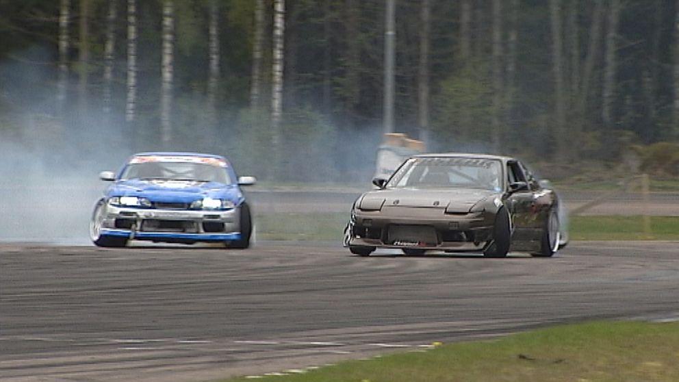 Arkivbil: bilar som kör drifting