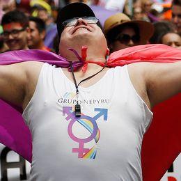 En hbtq-organisation i Paraguay demonstrerar i Asuncion.