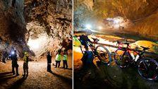 Räddningsteam på plats i den grotta i Thailand där myndigheterna befarar att ett helt fotbollslag försvunnit tillsammans med sin tränare.
