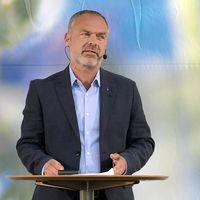 Jan Björklund (L) talar på Liberalernas dag i Almedalen