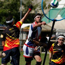 Storbritannien och Kataloniens lag under världsmästerskapen i quidditch i Florens