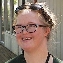Cornelia Lindqvist och deltagarna på hälsoveckan.