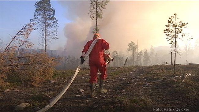 Frivilliga brandmän kan få betala skatt för gratis mat och boende