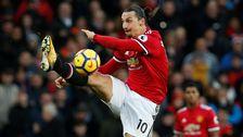 Zlatan Ibrahimovic i Manchester Uniteds röda tröja.