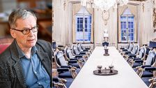 Enligt nya uppgifter pressas Anders Olsson, ständig sekreterare, till förändringar inom Svenska Akademiens nobelarbete.