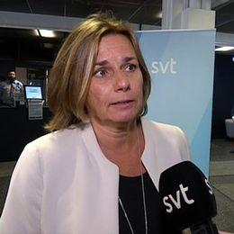 """Isabella Lövin: """"Det är helt oacceptabelt""""."""