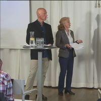 Henrik Hamrén och Gun Rudquist från Östersjöcentrum samtalar om kustturism med Klas Sandell, professor kulturgeografi och Sofia Wikström docent marinbiologi.