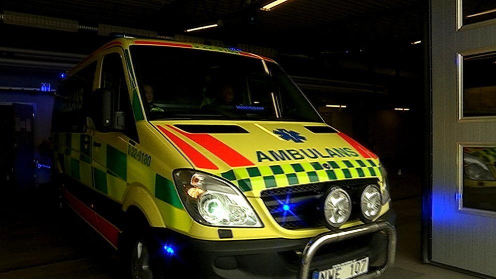 Ambulans i garage