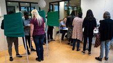 Röstning på Lindängenskolan i Malmö på söndagen.
