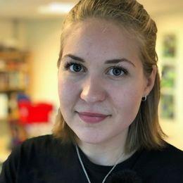 19-åriga Karin Borg från Huskvarna som har praktik i Norrahammars församling.