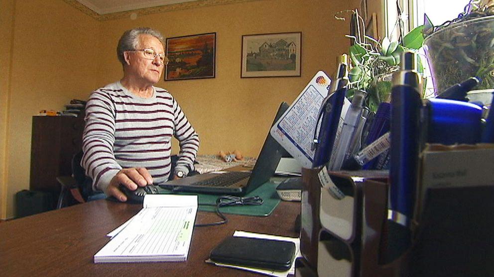 Bo Johansson är 76 år och har varit kund i Nordea i Torsby sedan länge – men nu har han fått nog