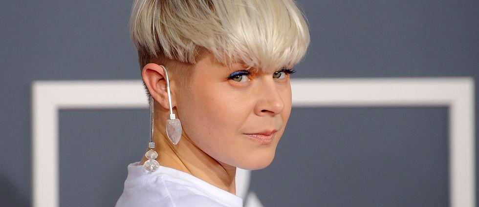 Den svenska artisten Robyn.