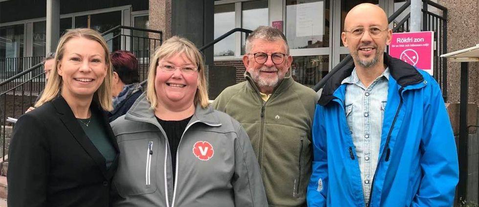Tre partier delar på makten och ska styra Olofström de kommande fyra åren. Kommunalråd Sara Rudolfsson (S) här tillsammans med Annika Lande (V), Klavs Wix Nielsen (KD) och Ivan Todorov (V).